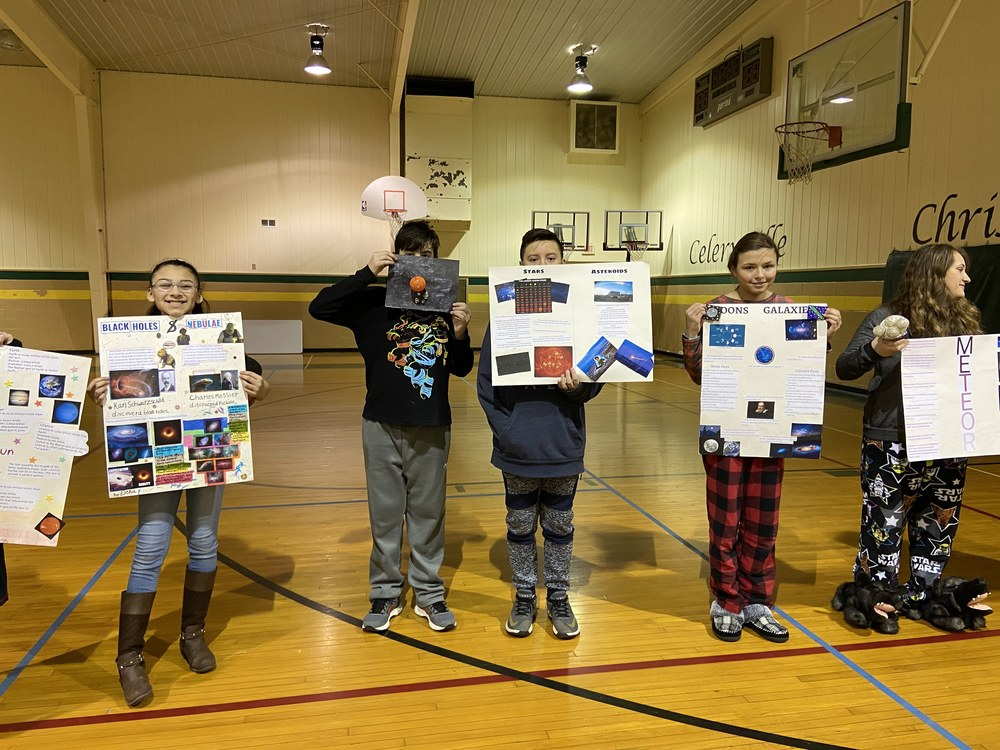 The 6th Grade Learns About the Solar System